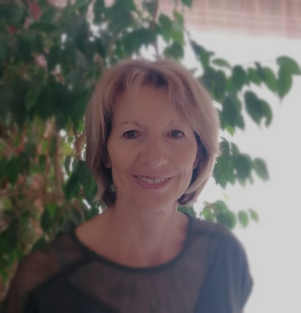 Cécile Santoni, praticienne certifiée en hypnose et magnétisme